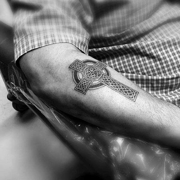 Mjolnir tattoo ideas you need to know of 32