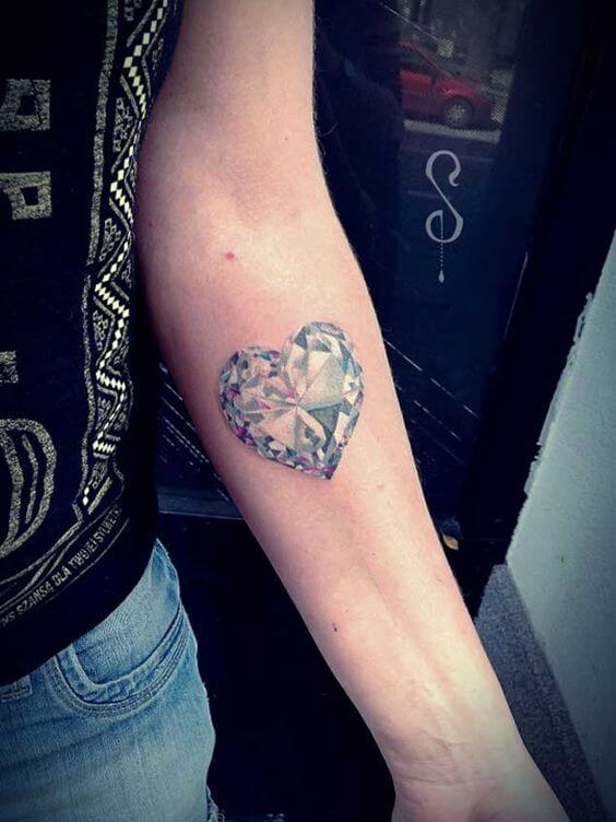 Heart-shaped diamond tattoo