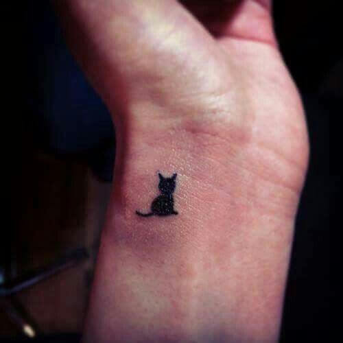 The most loved cat tattoos ideas ever! 20