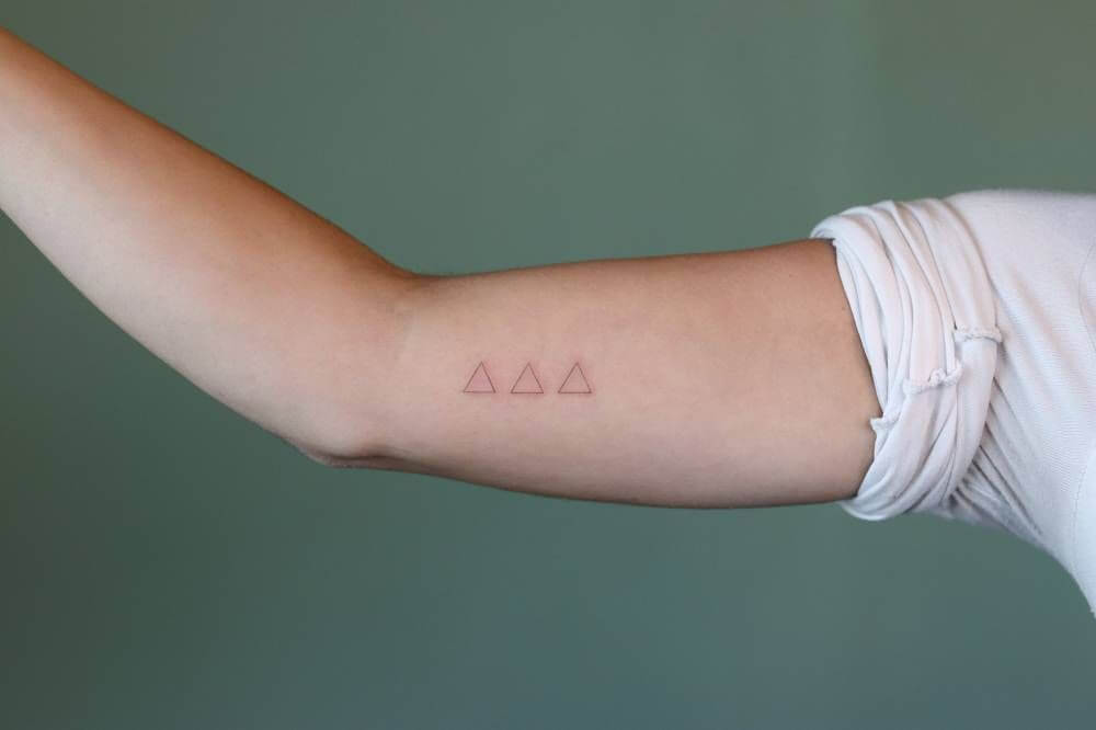 Small tattoo ideas for men that are timeless 16