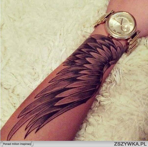 131 Angel wings tattoo ideas and meanings 12