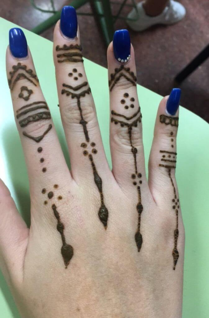 Temporary Art: Henna Tattoos 24