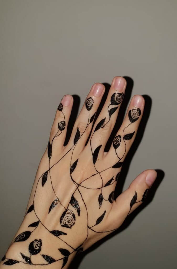 Temporary Art: Henna Tattoos 15
