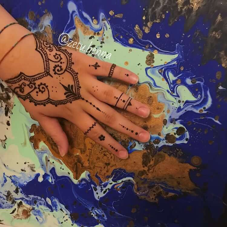 Temporary Art: Henna Tattoos 8