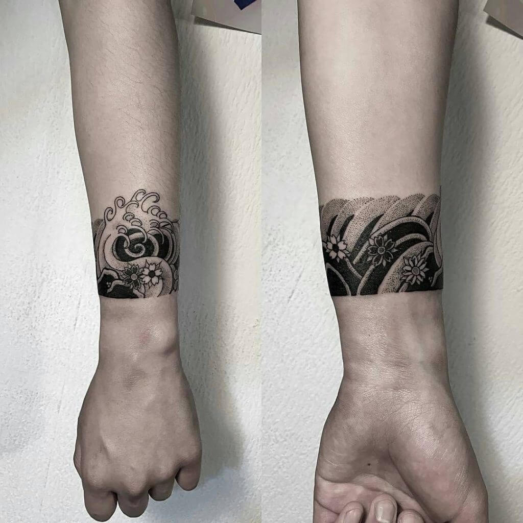 Smoke armband tattoo