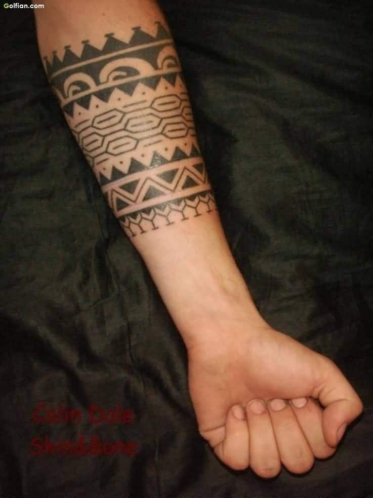 Armband tattoo ideas that will sweep you off your feet 18