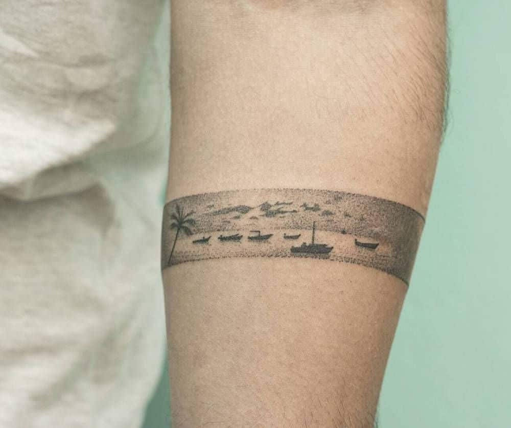 Armband tattoo ideas that will sweep you off your feet 29