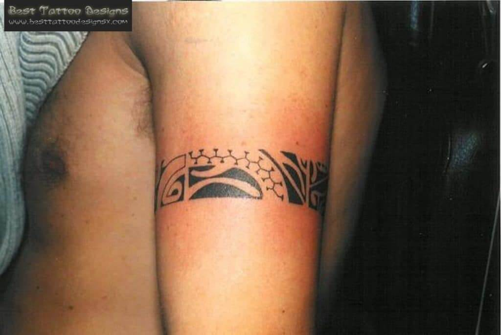 Armband tattoo ideas that will sweep you off your feet 35