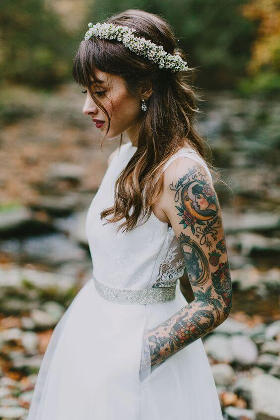 Should you hide your tattoos for wedding? 5