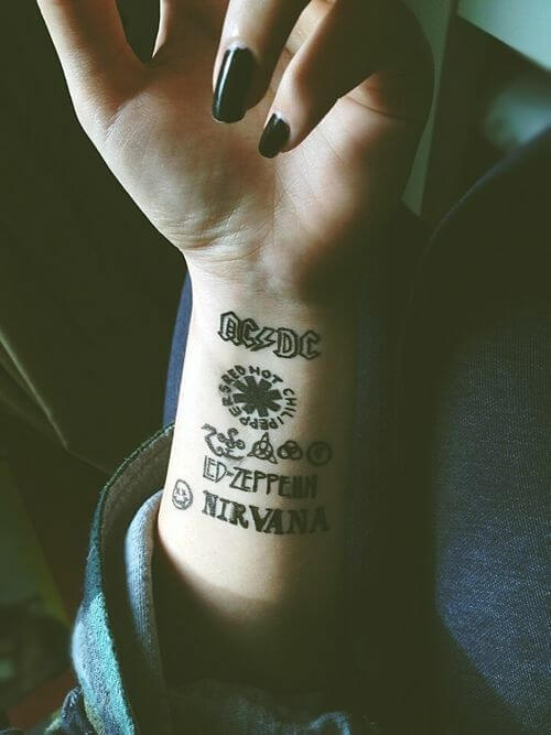 People that Tattoo Their Lovers' Names on Their Bodies 8
