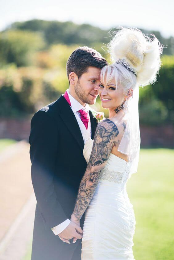 Should you hide your tattoos for wedding? 8