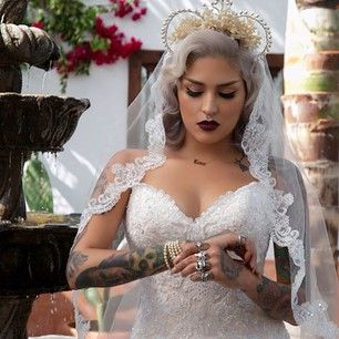 Should you hide your tattoos for wedding? 9