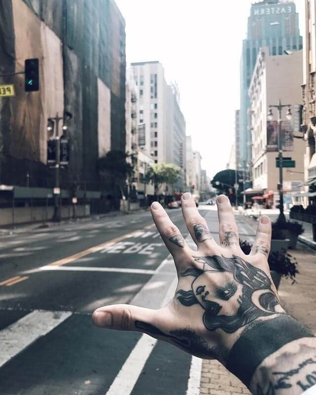 20 Hand Tattoo Ideas With Pictures 2