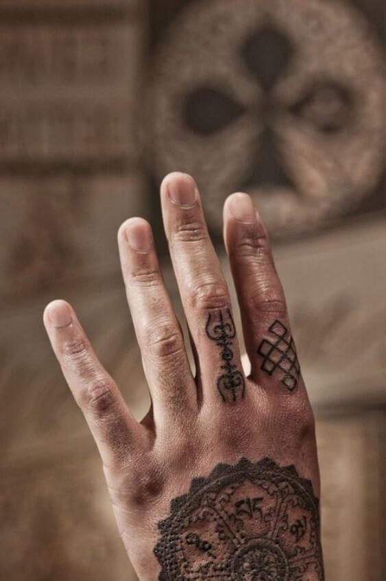 20 Hand Tattoo Ideas With Pictures 15