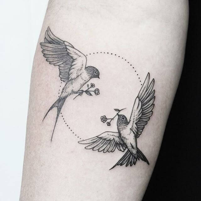 Top sparrow tattoos for a cool and stylish look 4