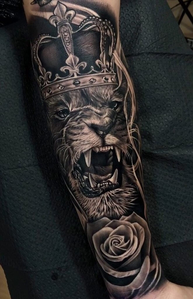 Top 31 Lion Tattoos - In diferent cultures 10