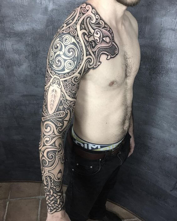 celtic spiral tattoo