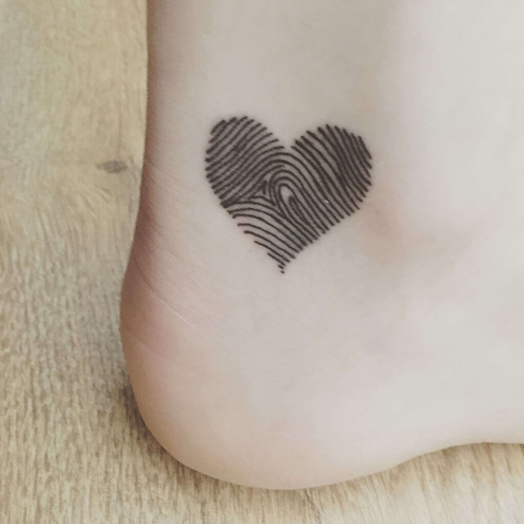 Best 17 Thumbprint Tattoo Ideas [ With Gallery ] 5