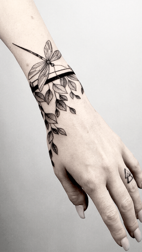 Most Beautiful 17 - Dragonfly Tattoos 6